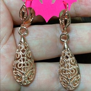 Rosegold dangle earrings